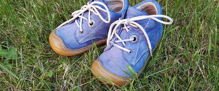 Schuhgrößen Baby: Lauflernschuhe geben Baby den Halt den es bei seinen ersten Schritten braucht